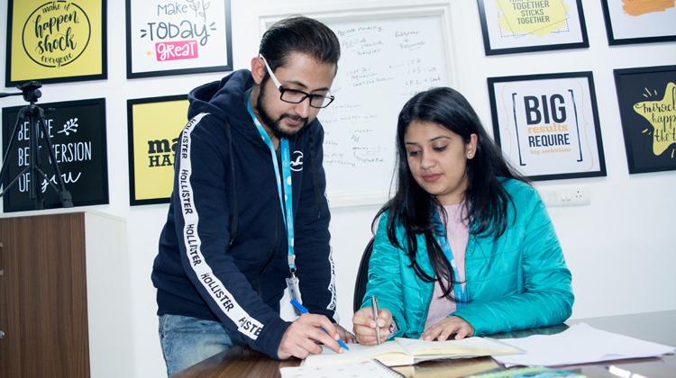 Hubspot management career opportunities gor fresh graduates.