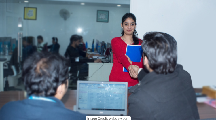 Tips to crack HR fresher jobs in 2019